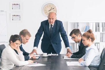 ۹ رفتار نامناسب مدیران که باعث استعفای کارمندان میشود