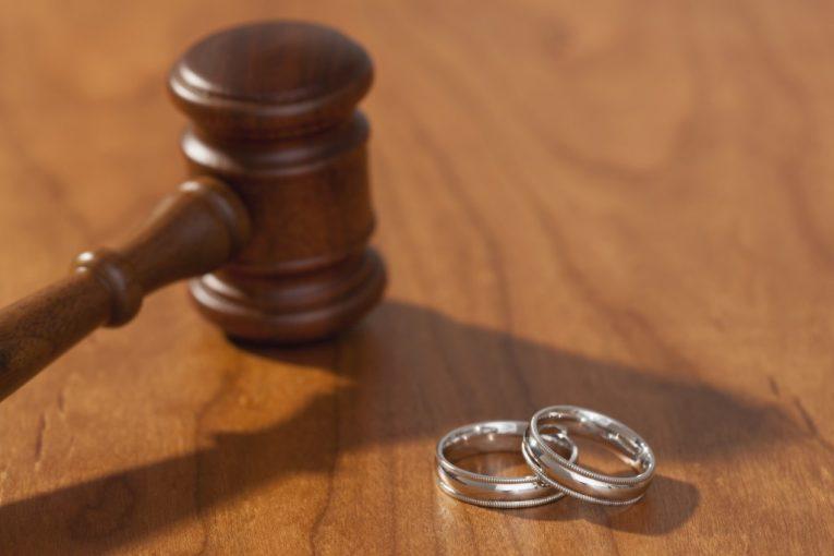 زمان طلاق و جدایی
