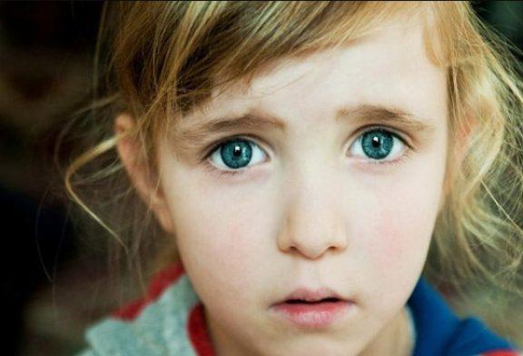 ترسانیدن کودکان توسط والدین، چه اثری روی آنها میگذارد؟