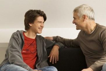 ۴ نکته طلایی برای صحبت کردن با نوجوانان