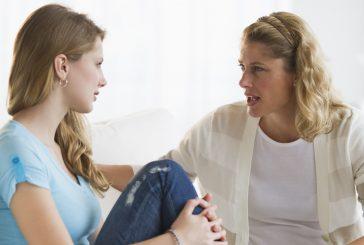 نکات مهمی را كه بايد قبل از شروع عادت ماهیانه با دختران در میان بگذاریم؟