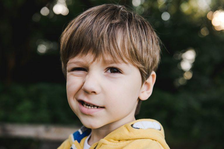 تیک عصبی در کودکان