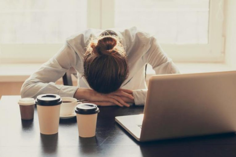 پیامدهای کمبود خواب