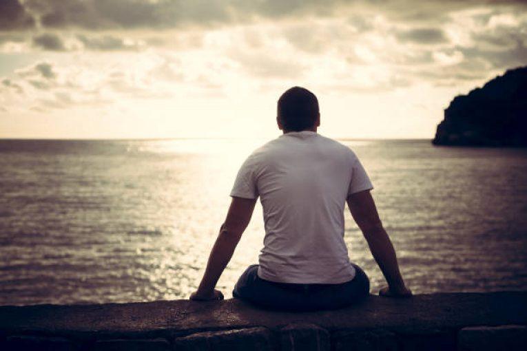 مضر بودن تنهایی
