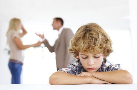 آسیب طلاق به فرزندان