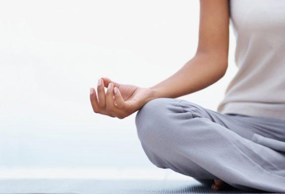 تاثیر یوگا بر کاهش علایم افسردگی