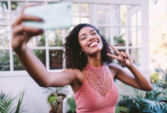 افراد خودشیفته از بیشتر مردم شادتر هستند!