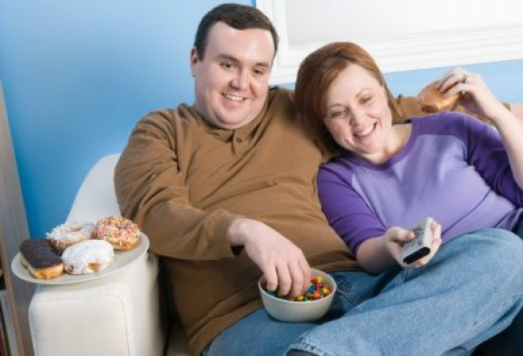 با این روشها همسرتان را به کاهش وزن تشویق کنید