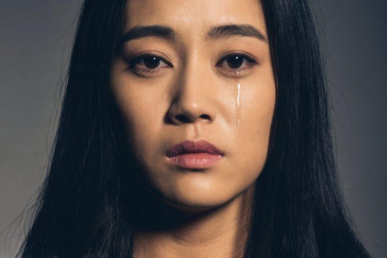 گریه کردن بی دلیل