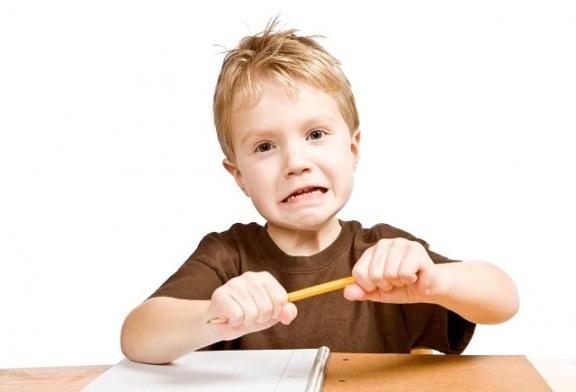 ۲۰ نشانه کودکان مبتلا به اوتیسم