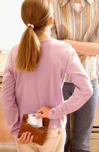 دزدی در کودکان و بررسی آن از دید روانشناسی