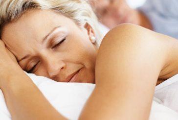 دلیل بیشتر خوابیدن خانم ها از آقایان