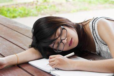 آشنایی با حمله خواب و نشانههای آن